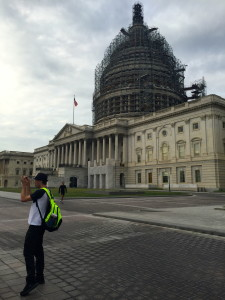 Train travelers with layovers in Washington DC can see the sites